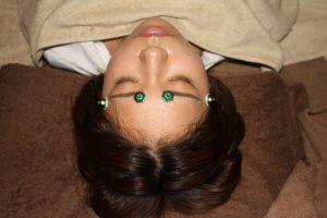 眼の痛みに対するお灸治療